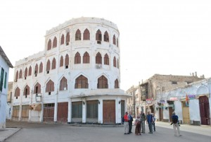 Walking across Turkish-Egyptian-Italian Buliding, Massawa